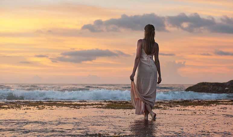 7 formas de fortalecer el cuerpo en la playa