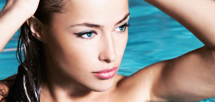 Trucos para eliminar los brillos en la piel