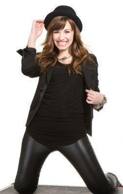 Demi Lovato crea su propia línea de productos de belleza-