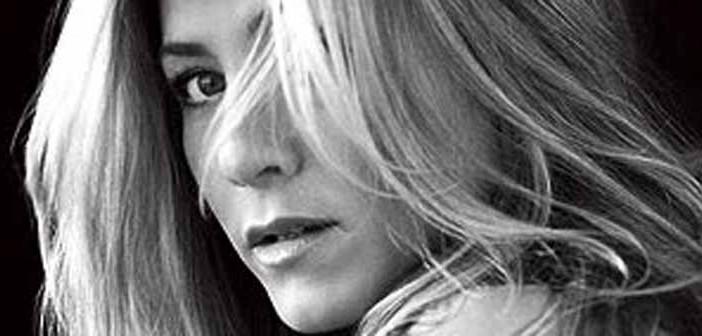 El truco de belleza de Jennifer Aniston- beber leche materna
