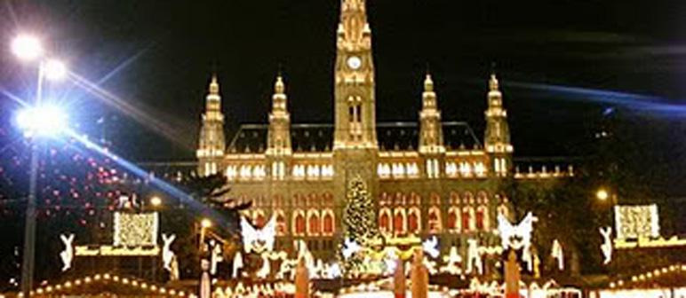 Viajar en Navidad: destinos para una luna de miel navideña