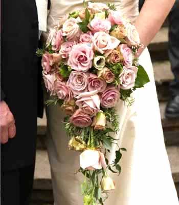 Ramos de novia en forma de gota