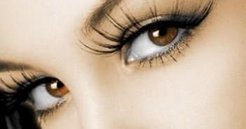 Extensiones de cejas para una mirada espectacular