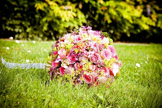 Qué hacer con el ramo de novia