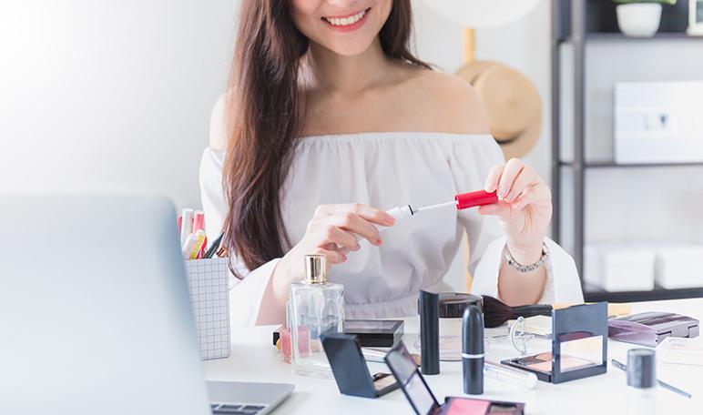 Errores de maquillaje que pueden estropear tu look - ¡Siéntete Guapa!