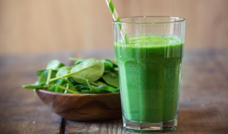 6 beneficios de los batidos verdes