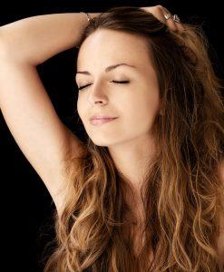 5 beneficios del aceite seco para la piel