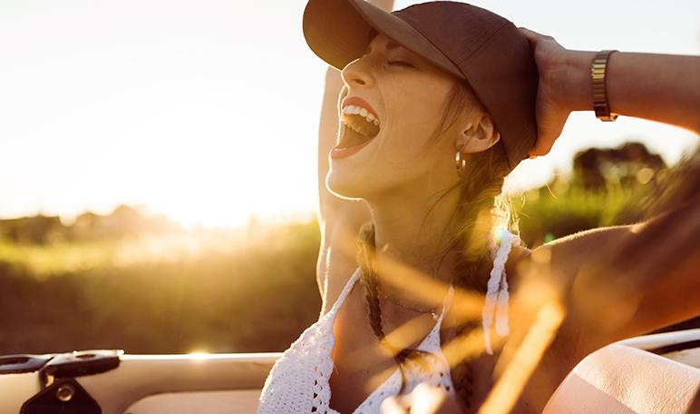 Por qué tu piel se daña cuando viajas y cómo evitarlo - ¡Siéntete Guapa!