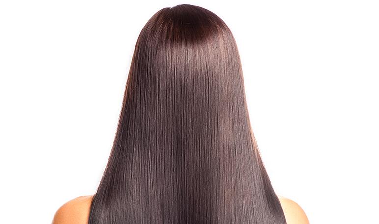 4 pasos esenciales para proteger el cabello en verano - Siéntete Guapa